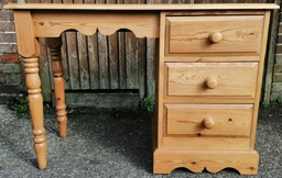 [19682] Solid Pine Desk / Dressing Table