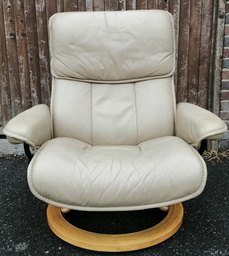[19778] Stressless Reclining Leather Armchair